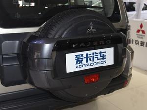 2018款3.0L 自动舒适版 备胎
