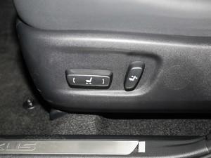 2018款200 锋行版 前驱 座椅调节