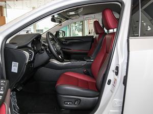 2018款200 锋行版 前驱 前排空间