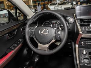 2018款200 锋行版 前驱 方向盘