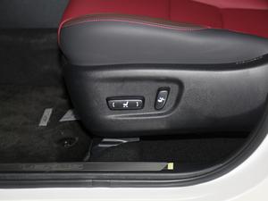 2018款200 锋尚版 全驱 座椅调节