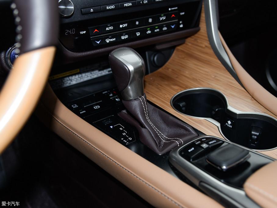 2016款雷克萨斯RX450h 四驱尊贵版