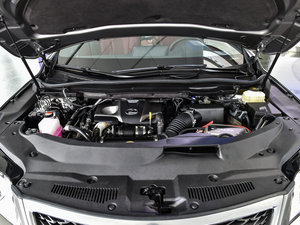 2016款200t 四驱F SPORT 发动机