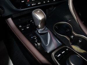 2016款300 四驱典雅版 变速挡杆