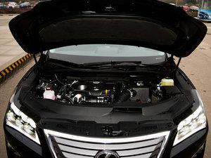 2016款300 四驱典雅版 发动机
