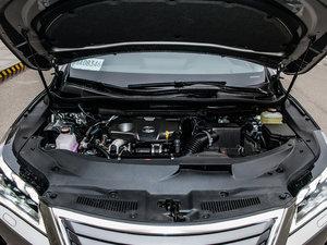 2016款300 四驱豪华版 发动机