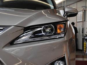 2016款300 两驱舒适版 头灯