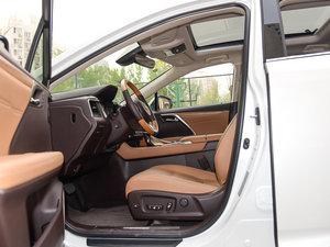2016款450h 四驱尊贵版 前排空间