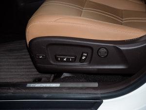 2016款450h 四驱尊贵版 座椅调节