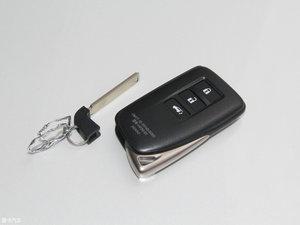 2016款450h 四驱尊贵版 钥匙