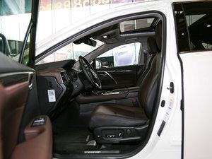 2016款300 四驱豪华版 前排空间