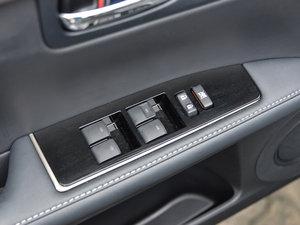 2015款300h 尊贵版 车窗控制