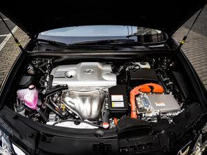 2015款300h 豪华版 发动机