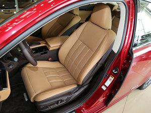 2015款300h 舒适版 前排座椅
