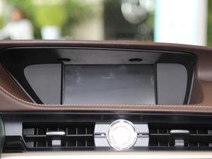 2015款300h 舒适版 中控台显示屏