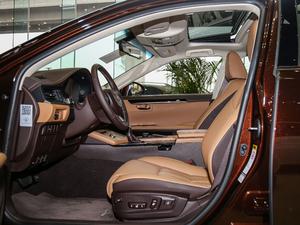 2015款200 舒适版 前排空间