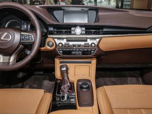 2015款200 舒适版 中控台