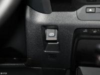 中控区雷克萨斯UX驻车制动器