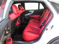 空间座椅雷克萨斯LS后排空间