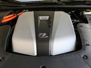 2018款500h F Sport 发动机