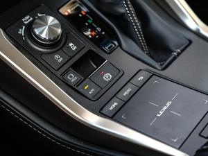 2017款300 锋尚版 全驱 驻车制动器