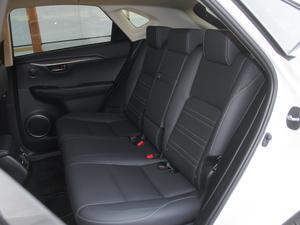 2017款300h 锋尚版 前驱 后排座椅
