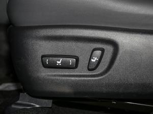 2017款200 锋尚版 全驱 座椅调节