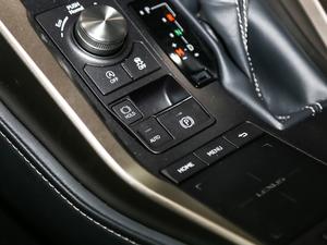 2017款200 锋尚版 全驱 驻车制动器