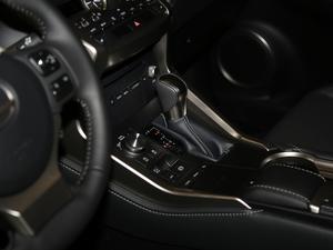 2017款300 锋行版 前驱 变速挡杆