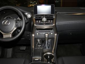 2017款300 锋行版 前驱 中控台