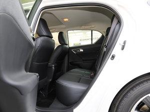 2017款200h 舒适版 单色 后排空间