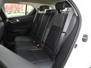 2017款200h 舒适版 单色 后排座椅