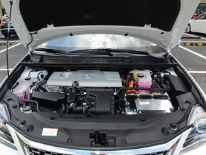 2017款200h 精英版 单色 发动机
