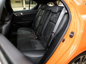 2017款200h F SPORT 双色 后排座椅