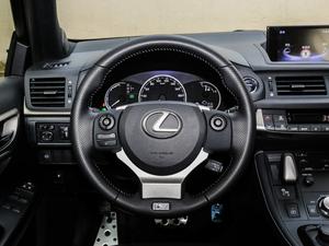 2017款200h F SPORT 双色 方向盘