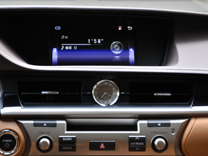 2017款300h Mark Levinson舒适版 空调出风口
