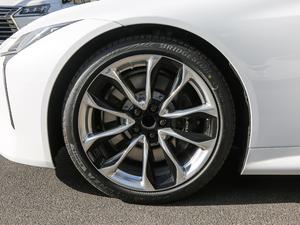 2018款500h 运动版 轮胎