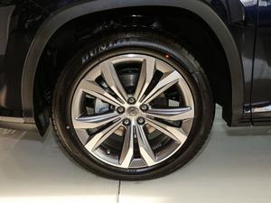 2017款450h Mark Levinson 四驱豪华版 轮胎