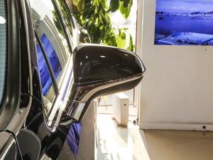 2017款450h Mark Levinson 四驱豪华版 后视镜