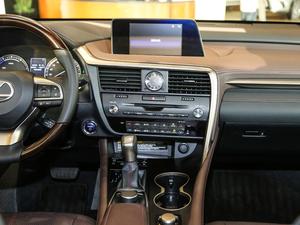 2017款450h Mark Levinson 四驱豪华版 中控台