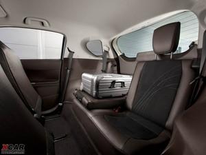 2009款丰田iQ 空间座椅