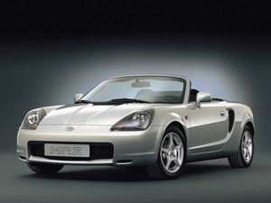 2007款丰田MR2 正侧45度