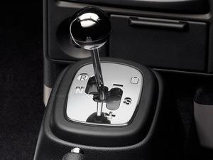 2007款丰田MR2 变速挡杆