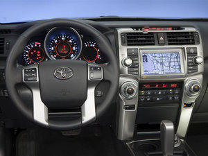 2011款丰田4Runner 中控区