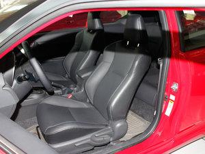 2011款2.5L 豪华版 前排座椅