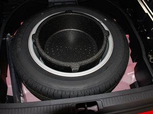 2011款2.5L 豪华版 备胎