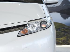 2012款2.4L 7人座标准版  头灯