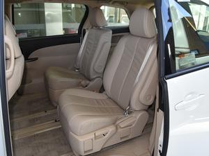 2012款2.4L 7人座标准版  后排座椅