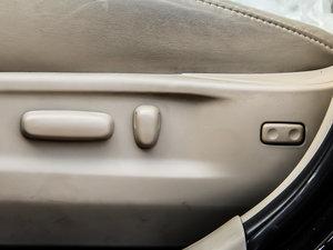 2013款2.7L 四驱至尊版 座椅调节