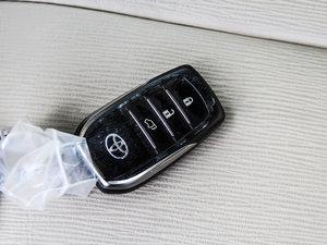 2013款2.7L 四驱至尊版 钥匙